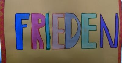 """Vorschaubild zur Meldung: """"FRIEDEN"""": Ein Theaterstück der Klasse 4a"""