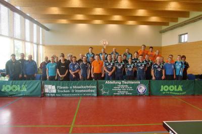 Teilnehmer beim diesjährigen Fliesenpokalturnier in Petkus