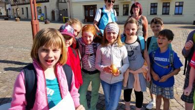 Foto zu Meldung: Nienburger Grundschüler erobern sich ihre Stadt auf spielerische Art
