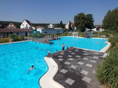 Foto zur Meldung: Damit das Freizeitbad ein Platz der Freude bleibt...