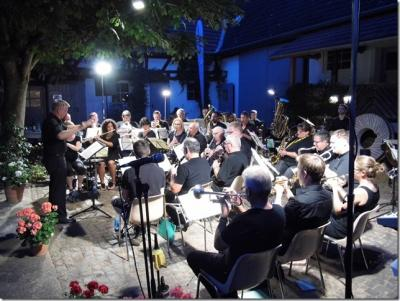 Foto zur Meldung: Serenadenkonzert des Musikvereins Nauheim