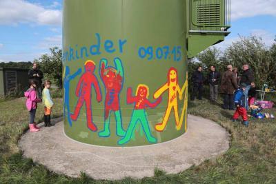 Foto zur Meldung: Malaktion Windenergieanlage Kindergarten Lindhorst