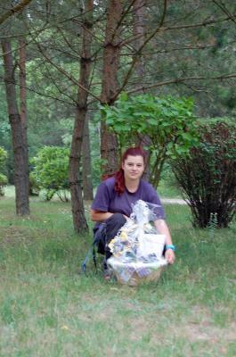 Foto zu Meldung: Einen Geschenkkorb für unseren Azubi