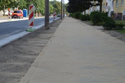Foto zu Meldung: Zahlreiche Gehwege in der Stadt erneuert