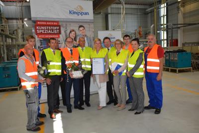 """Foto zu Meldung: Kingspan erhielt Auszeichnung von der IHK Potsdam als """"Top-Ausbildungsbetrieb"""""""