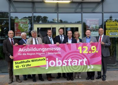 """Foto zu Meldung: Die 10. """"jobstart"""" mit großem Angebot - Informationsmesse für Ausbildung und Studium"""