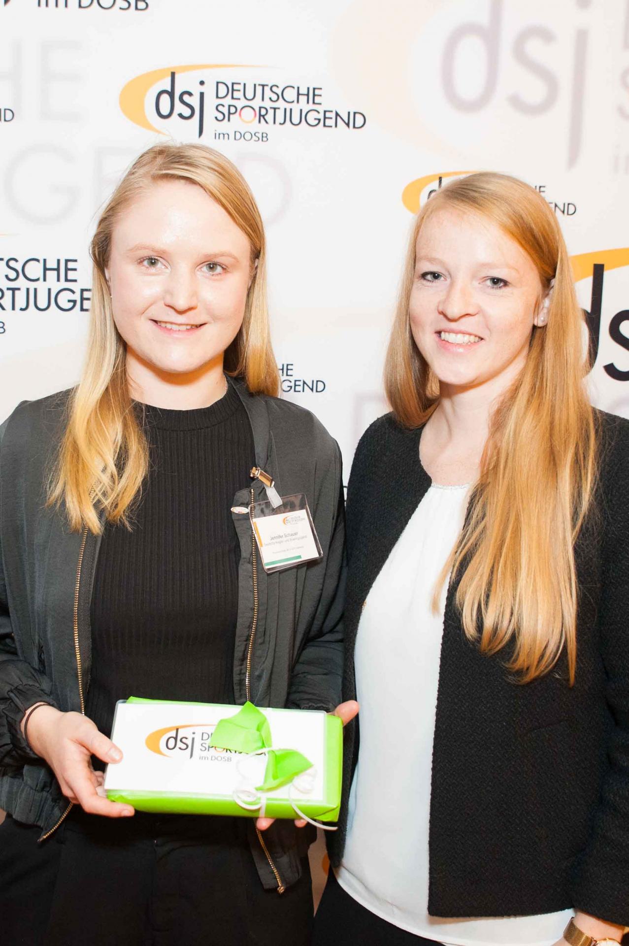 Von links: Jennifer Schauer, Kirsten Hasenpusch