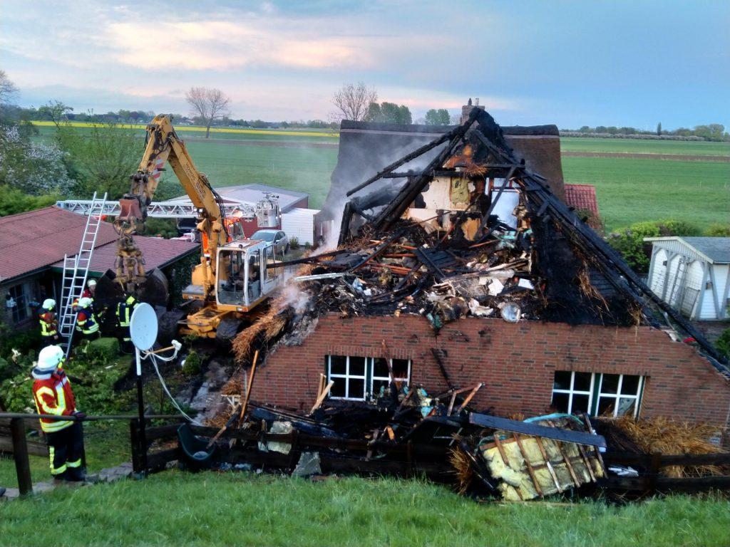 Ein Feuer zerstörte Haus und Inventar