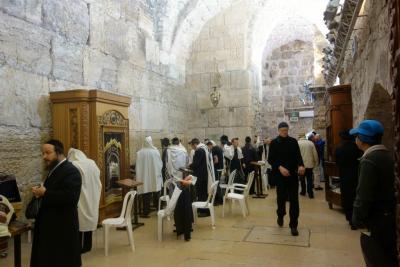 Foto zur Meldung: Gross Laasch - 05.11.2015 - Reiseberichtsveranstaltung mit jordanischem Mansaf