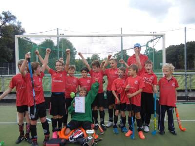 Foto zur Meldung: Hockey: Knaben C gewinnen Meisterschaft in Brandenburg