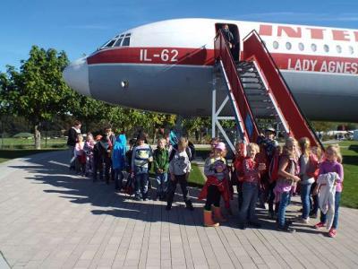 Foto zu Meldung: Drachensteigen in Stölln (2. Klassen)