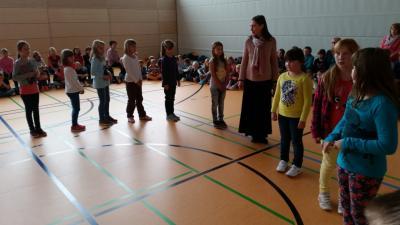 Foto zur Meldung: Tag des Singens an der Nienburger Grundschule