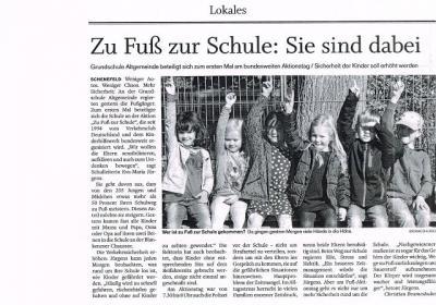 """Foto zur Meldung: Auch die Presse berichtet: """"Zu Fuß zur Schule"""""""