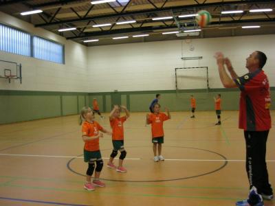 Foto zur Meldung: Volleyballkinder haben sich und ihren Sport gefunden