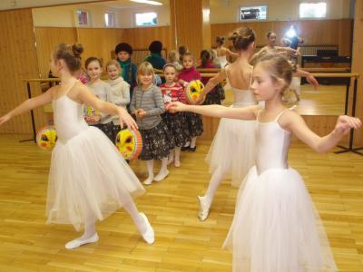 Foto zu Meldung: Tanzinteressenten gesucht