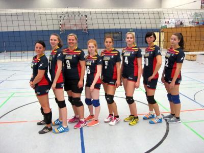 Foto zur Meldung: 2. Spieltag der Frauen- Volleyballmannschaft