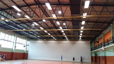 Foto zur Meldung: Moderne Hallenbeleuchtung in der Neustädter Sporthalle installiert