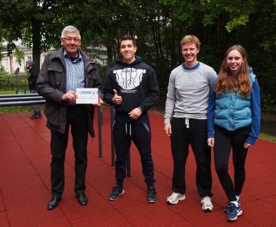 Bürgermeister Holger Fischer, Johannes, Lennart, Melissa