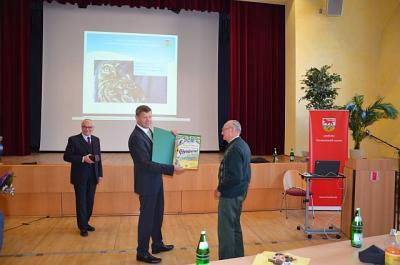 Auszeichnung Ehrenbeirat durch OSL-Landrat Siegurd Heinze