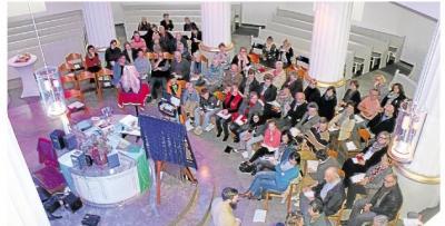 Foto zur Meldung: Zauberei und Glauben in der Rundkirche miteinander verbunden