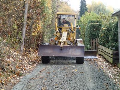 Foto zur Meldung: Fuß- und Radweg am alten Lärmschutzwall wird saniert