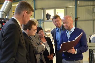 Foto zur Meldung: Im Zeichen der Wirtschaft: ZAB Brandenburg besuchte den OSL-Kreis
