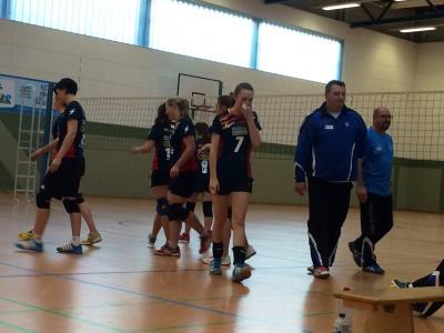 Foto zur Meldung: Laager Volleyballerinnen können siegen.
