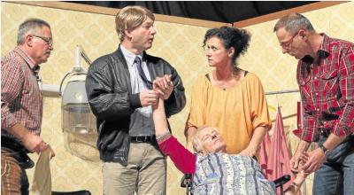 Foto zur Meldung: Bester Stoff für ein brillantes Dorftheater
