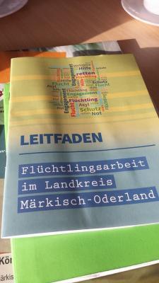 Foto zur Meldung: Brandenburg/ MOL: Material zur Information über das Thema Flüchtlinge