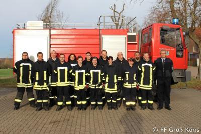 Foto zur Meldung: 05.12.2015 Dreizehn neue Truppmänner- und frauen für die FF Amt Schenkenländchen