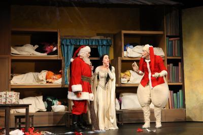 Foto zur Meldung: Schneewittchen- das Weihnachtsmärchen im Schweriner Landestheater
