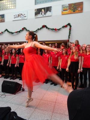Foto zur Meldung: Musikalisch durch die Adventszeit