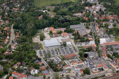 Blick auf die Post- und Bahnhofstraße von oben