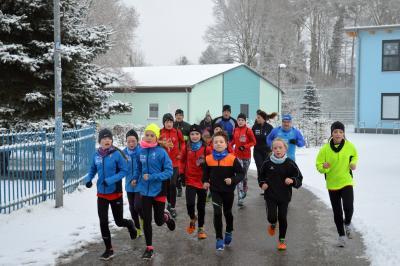 Foto zur Meldung: VIACTIV-Neujahrslauf mit ganz viel Schnee