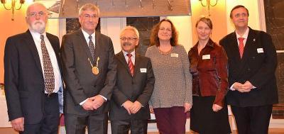 Bürgerpreisträger Michael Richter-Kempin mit Bürgermeister Heiko Müller und den anderen Preisträgern Dr. Rassoul Faki, Gisela Dittmer, Kathleen Kunath und Dr. Volker Mueller (v.l.n.r.)