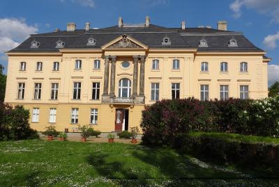 Foto zur Meldung: Schlossgespräch mit Blick auf Rehfelde