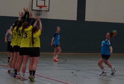 Foto zur Meldung: C I-Jugend - Beim Spitzenspiel gegen den Favoriten gut mitgehalten.