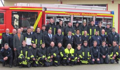 Foto zur Meldung: Feuerwehranwärter mit Feuereifer beim Grundlehrgang dabei!