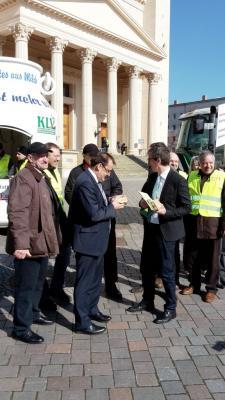 Vorschaubild zur Meldung: Demo vor dem Potsdamer Landtag