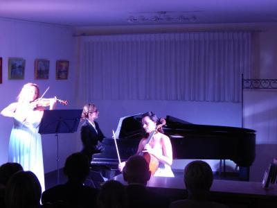 Foto zu Meldung: Turbulentes Konzert mit Les Troizettes