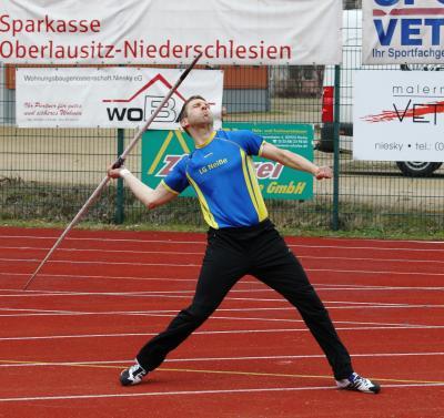 Steffen Röher wirft neuen Speer-Kreisrekord in der M40 - 54,08m