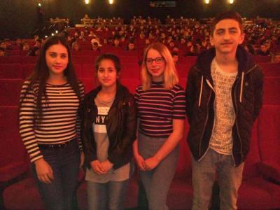 Foto zur Meldung: Gemeinschaft macht Schule: Der neue Anne-Frank-Film als Gemeinschaftserlebnis
