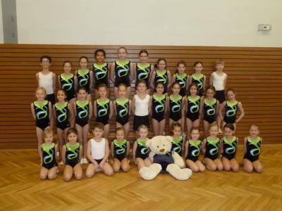 Foto zur Meldung: Neue Turnanzüge für die Wettkampfmädchen des TV Langenselbold