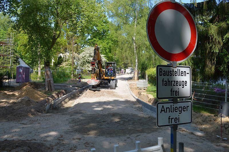 Während der Baumaßnahmen wird eine Vollsperrung in den betroffenen Straßenabschnitten erfolgen.