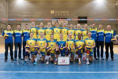 Foto zur Meldung: Volleyballerinnen des Schweriner SC spielen in Laage