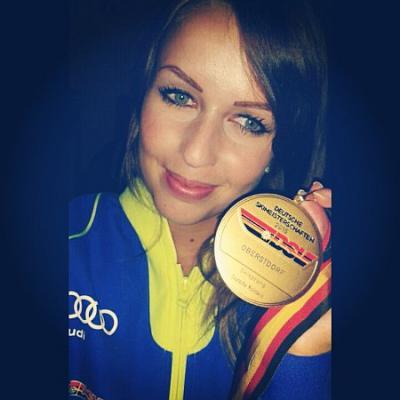 Foto zur Meldung: Juliane Seyfarth wird Deutsche Skisprungmeisterin