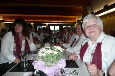 Foto zur Meldung: Ständchen zum 80. Geburtstag für Elisabeth