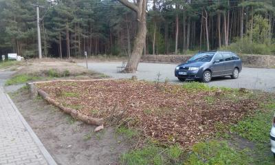 Vorschaubild zur Meldung: Kalenderrückblick: vor 3 JAHREN: Neuer Parkplatz am Friedhof in Walddrehna
