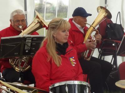 Foto zu Meldung: Zünftige Blasmusik auf dem Zinndorfer Anger