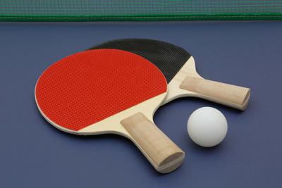 Foto zur Meldung: Neue Tischtennisplatte in der Grundschule